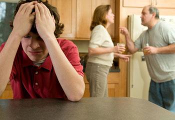 parents-arguing-350