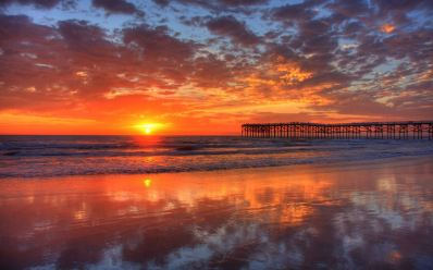 sunset-water-reflection-with-pier1