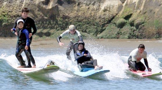 raw_tandem_surfing